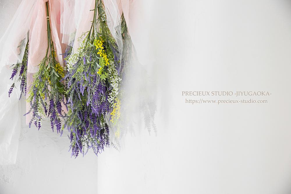 プレシュスタジオ自由が丘店 撮影セット スタジオ内装セットフラワー