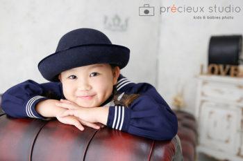 女の子の小学校入学記念写真