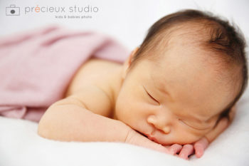新生児のニューボーンフォト