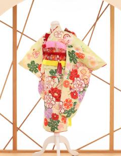 七五三レンタル衣装 女子着物 白地に花柄