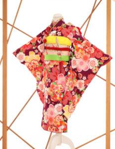 七五三レンタル衣装 女子着物 赤地にピンクの花柄