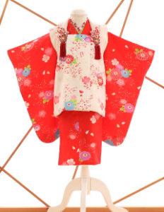 七五三レンタル衣装 女子着物 赤に白の被布
