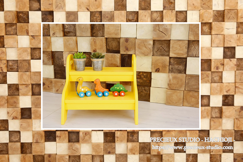 プレシュスタジオ八王子店の撮影セット内装 木のタイル