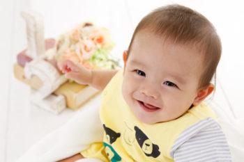 ハーフバースデー 生後6ヶ月の赤ちゃん写真