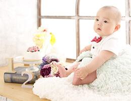 ハーフバースデーの赤ちゃん記念撮影