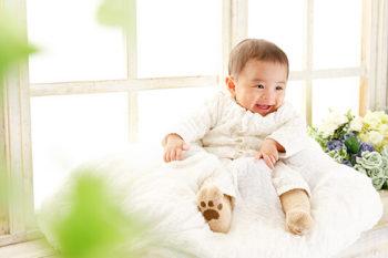 ハーフバースデーの赤ちゃん 男の子 プレシュスタジオ撮影写真