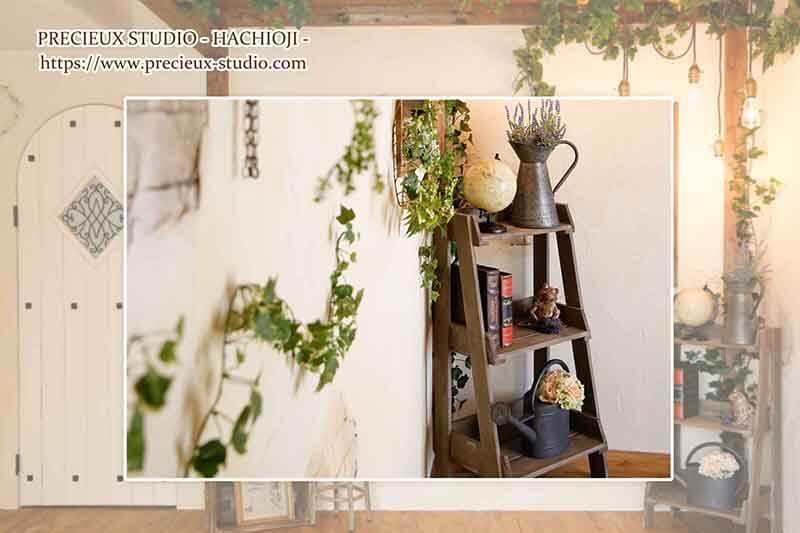 プレシュスタジオ八王子店の撮影セット内装 シャビーシックなインテリア