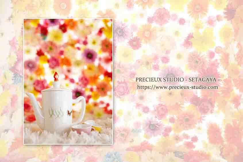 プレシュスタジオ世田谷本店の撮影セット内装 カラフルなお花