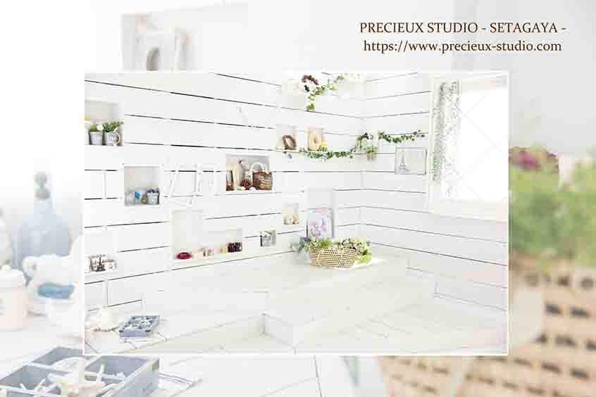 プレシュスタジオ世田谷本店の撮影セット内装 明るい白いお部屋