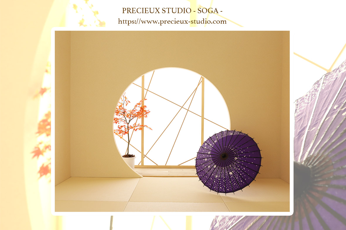 プレシュスタジオ蘇我店の撮影セット内装 和室と傘