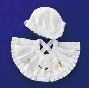 お宮参り衣装レンタル 帽子とよだれかけのセット 総絞り プレシュスタジオ鎌倉鶴岡八幡宮前店
