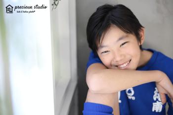 男の子のポートレート写真 プレシュスタジオ撮影