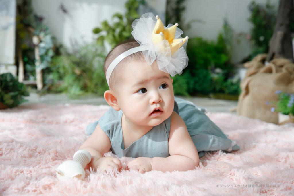 ハーフバースデーの赤ちゃん写真