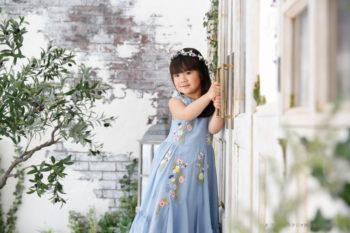 ドレスで記念写真