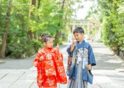 兄弟で七五三のお参り 神社出張撮影 プレシュスタジオ鎌倉鶴岡八幡宮前店撮影