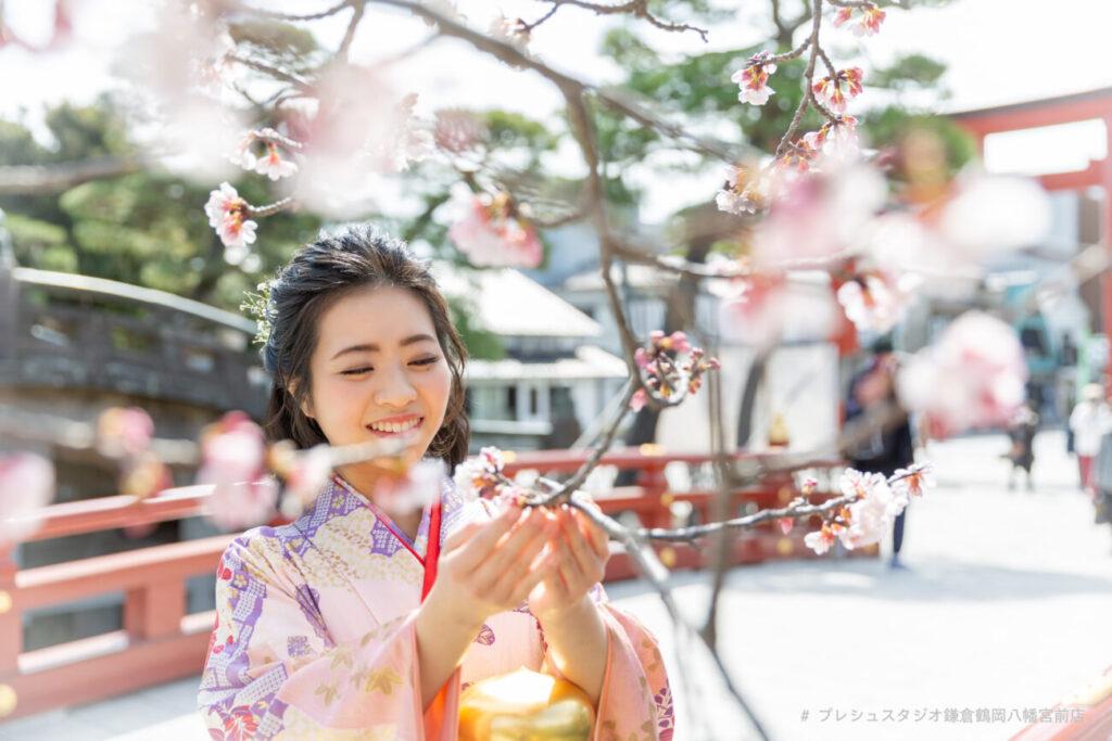 袴姿で卒業記念写真