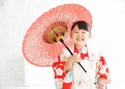 3歳の七五三記念撮影 被布と和傘