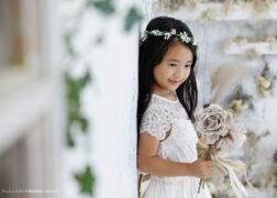 洋装で7歳の七五三記念写真撮影