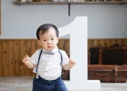 1歳のお誕生日の記念写真撮影 ファーストバースデーフォト